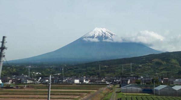 富士山、凛々しく